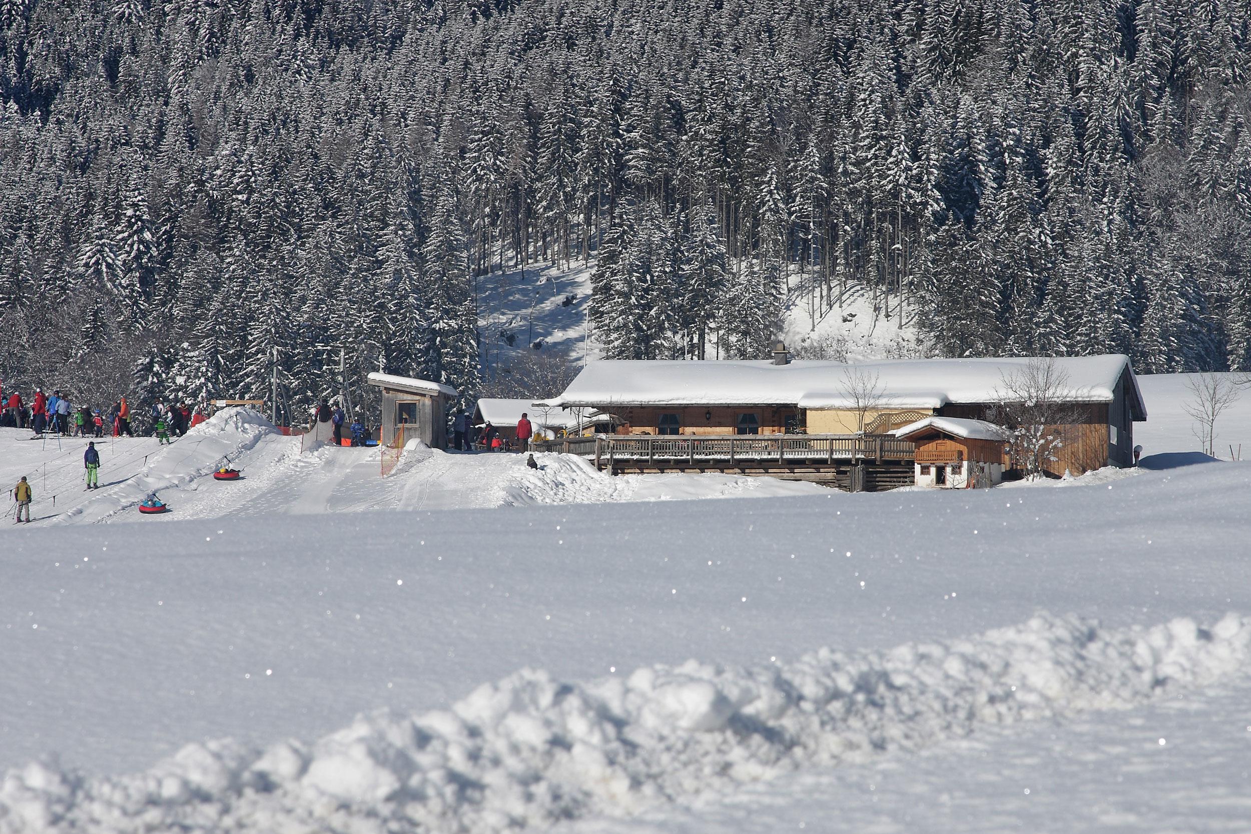 inzell-winter-reifenrutschen-kesselalm_1_1